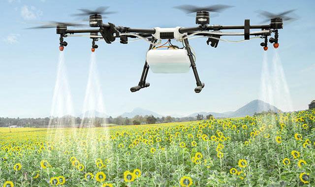 Распыление пестицида с БПЛА (дрона)